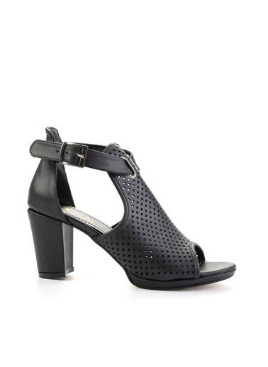Bambi Klasik Topuklu Ayakkabı Siyah